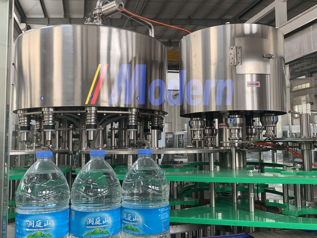 5L PET Bottle Filling Machine